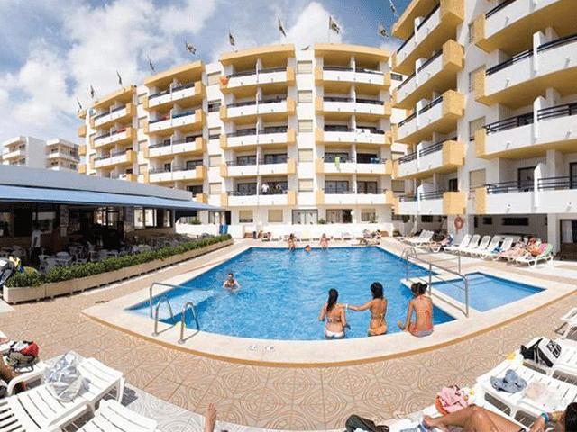 Apartamentos Miramola